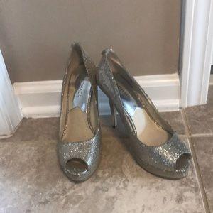 Micheal Kors silver heels